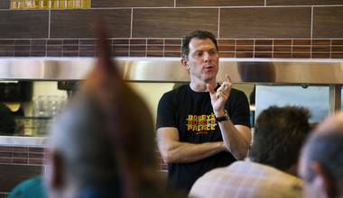 Bobby Flay's fine-tuned burger machine is a welcome addition to the Strip.