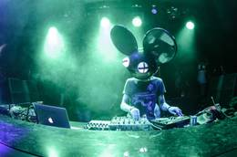 Deadmau5 Unhooked with TJR