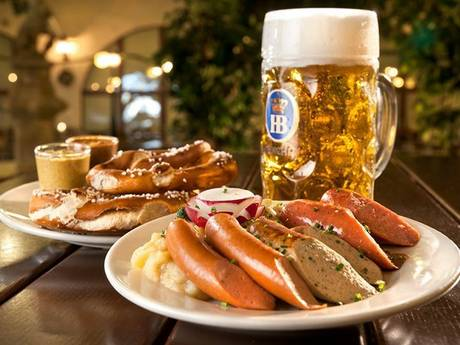 Hofbräuhaus Las Vegas Power Hour Lunch
