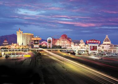 Forget the trendy staycation. Primm Valley Casino Resorts want you to stay, play and eat without spending a dime.