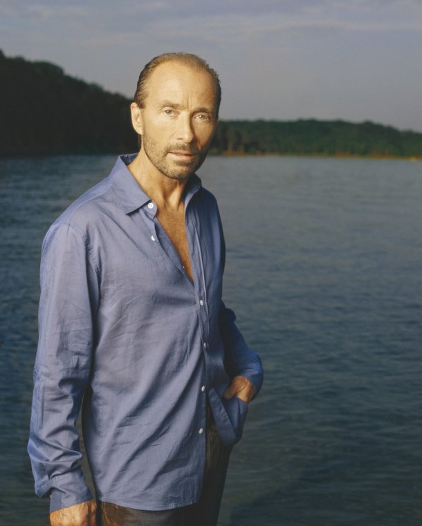 Lee Greenwood.