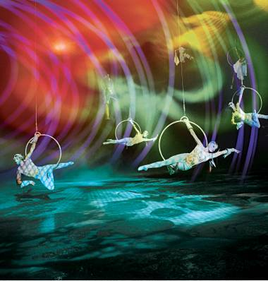 Ten years after it opened, Cirque du Soleil's O still impresses.