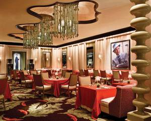 The dining room of Sinatra at the Encore.