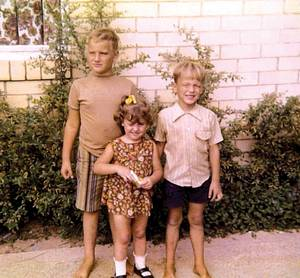 Fator with brother Jep and sister Debi in 1971.