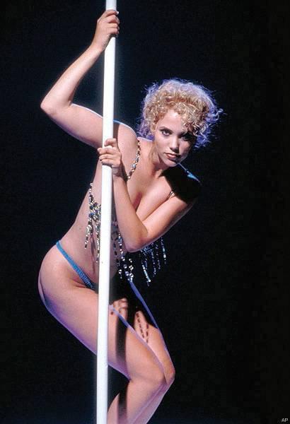 bisexual vegas showgirl