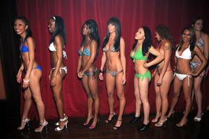 MMA Ring Girls Contest @ HTZ