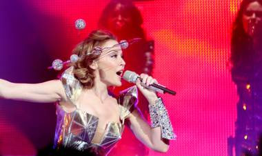 Kylie Minogue's 2009 North American Tour visited only six cities, including Las Vegas.