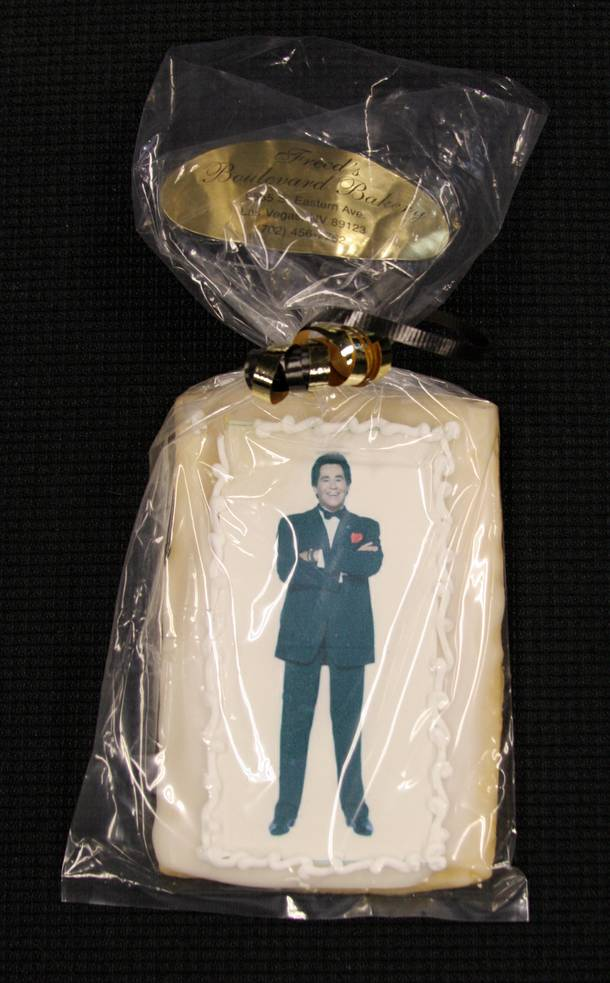 The man looks dapper even when portrayed in edible form. Impressive.