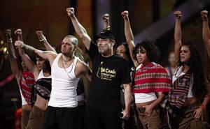 "Calle 13's Residente (Rene Perez) sings ""La Perla"" along with Ruben Blades during the Latin Grammy Awards at the Mandalay Bay Events Center. The song won the award for Best Short Form Music Video earlier in the evening."