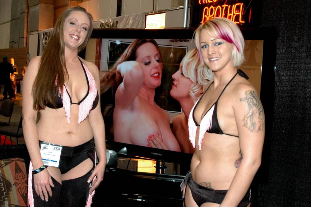 Girls nude bunny ranch moonlight