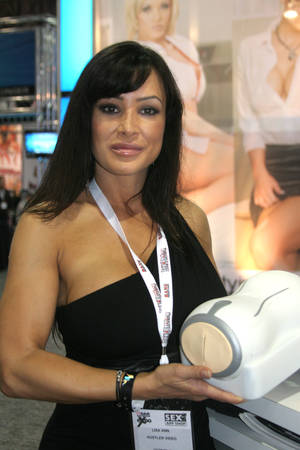Veteran porn star Lisa Ann says she and her boyfriend play with the toy together, picking her favorite scenes and then hooking him in for the ride.