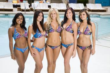 Get primed for the pool with fitness tips from Wet Republic's model cocktail servers.