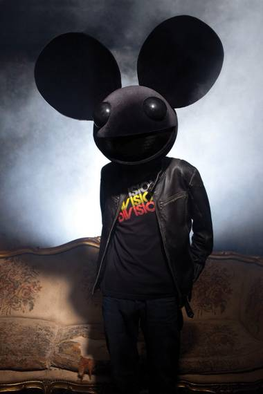 A first encounter with the man behind the mau5head.