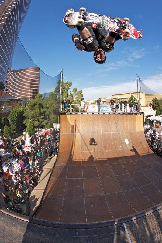 Tony hawk inspires from high above the wynn pool las for Pool show las vegas november
