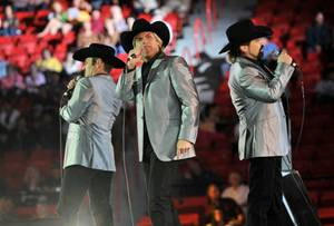 2009 PBR World Finals: The Texas Tenors