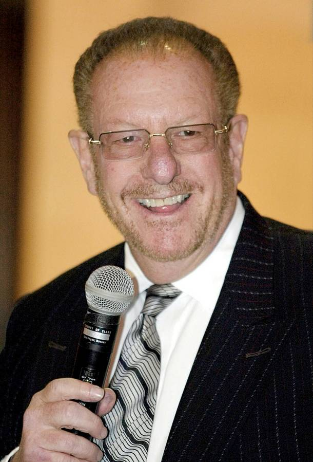 Las Vegas Mayor Oscar Goodman speaks at meeting of the Metro Police Citizen Review Board at the Clark County Government Center November 7, 2003.