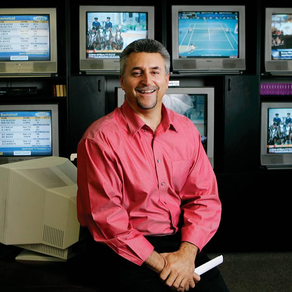 Kenny White Oddsmaker and Sports Picks
