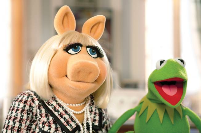 Miss Piggy and Kermit are back on the big screen.