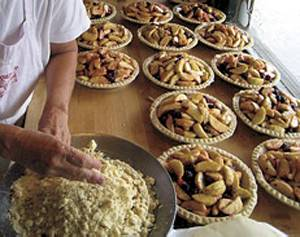 The way mama makes them: Fresh apple pies from Mom's Pies in Julian, California.