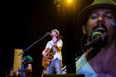 The two talented singer-songwriters played to the hotel's nearly full amphitheater. With his music in mind, Jason Mraz's Sunday night show ...