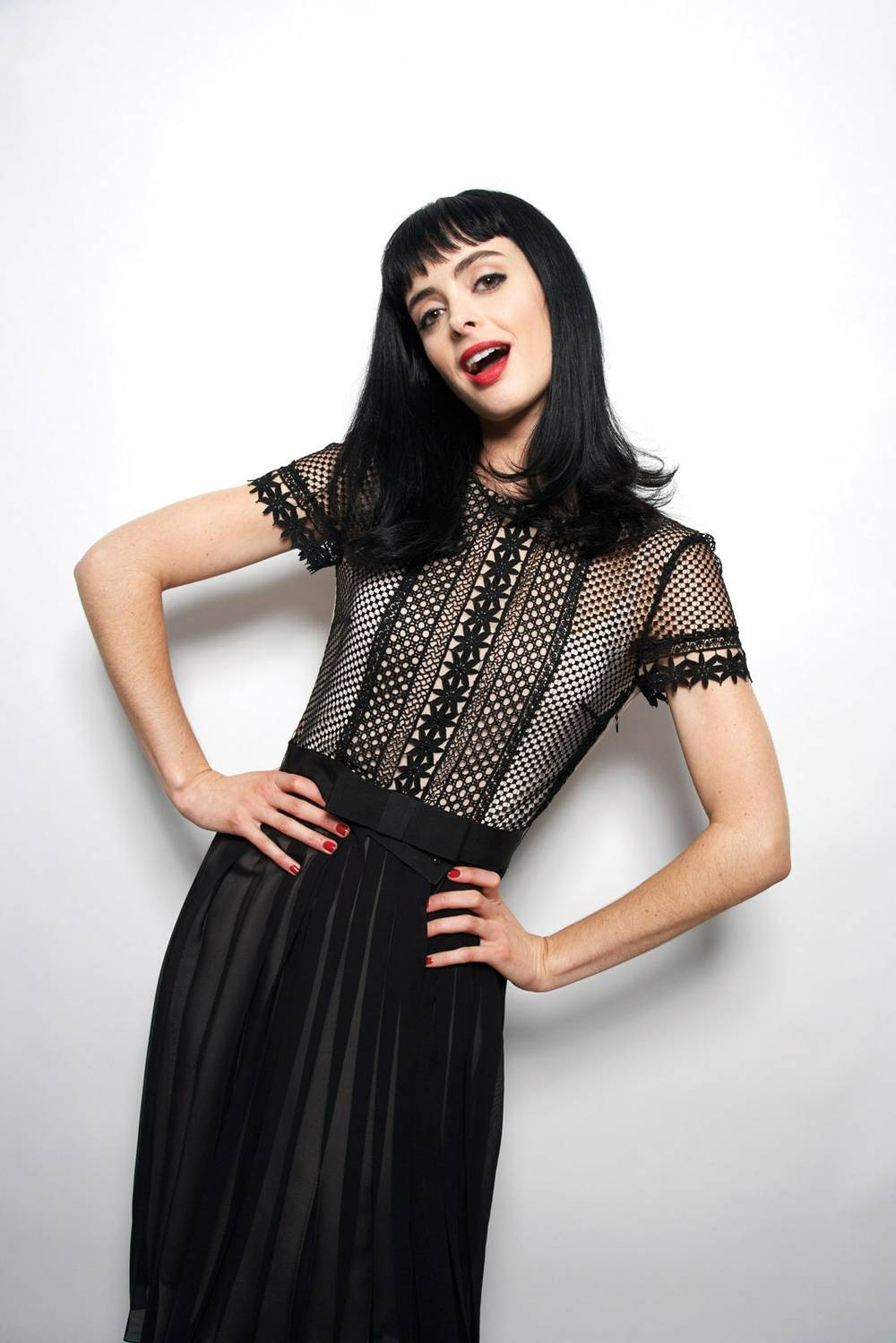 Hot Spots: Krysten Ritter at the Bank, an ugly holiday ...