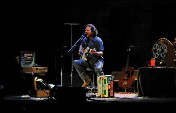Jason Harris chose Eddie Vedder's stop at the Palms as his top concert of 2012.