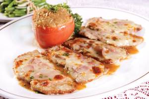 Lightly battered veal Francaise is a popular entree at Michael's.