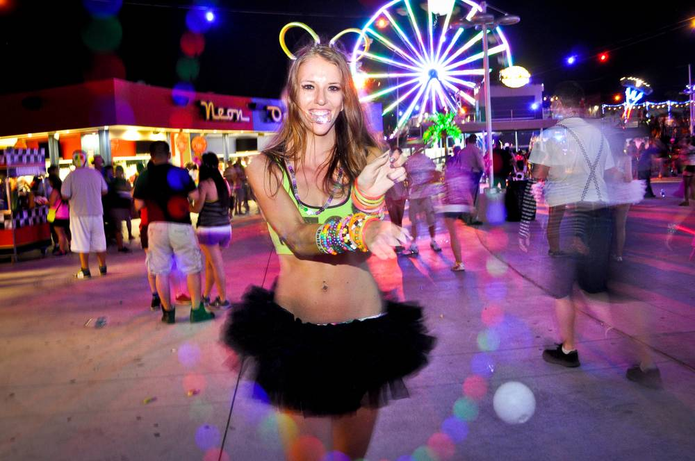 what to wear edc vegas
