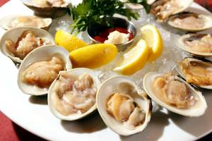 Cherrystone clams.