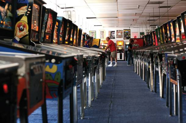 Beats and pinballs: The Pinball Hall of Fame begs for headphones.