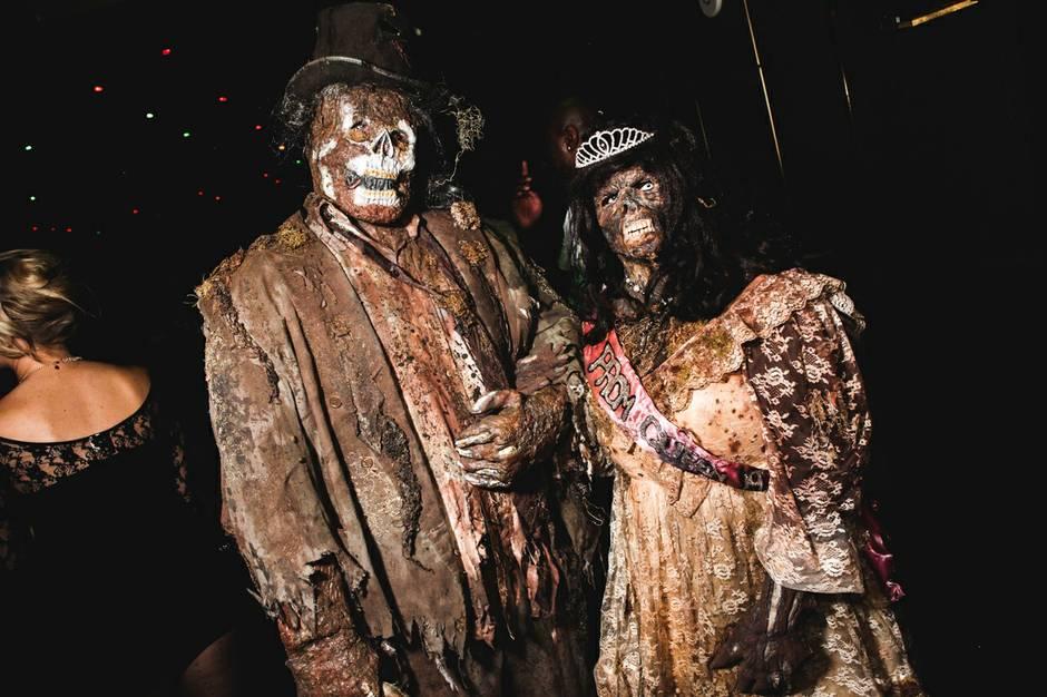 nightclub halloween costume contest winners - Las Vegas Halloween Costume