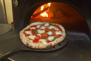 Pizza Rock fires only 73 of its award-winning margherita Napoletana pizzas every day. Move fast.