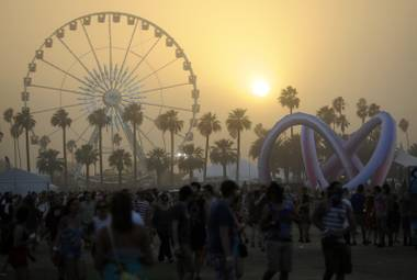 A dust storm gave the festival an apocalyptic feel on Day 2 … which kinda worked.