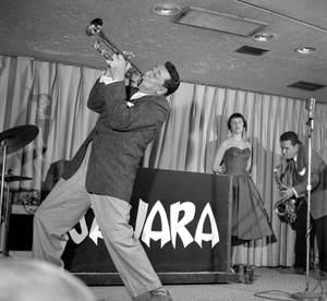 Louis Prima and Keely Smith were regulars during the golden age of the Las Vegas lounge.