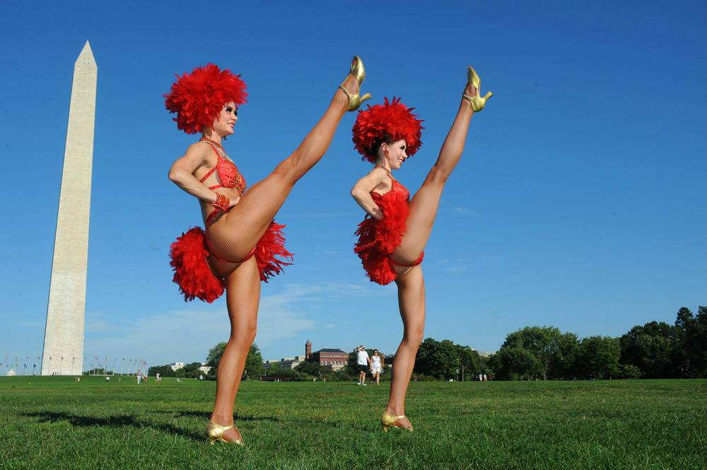 'Jubilee' dancers get snap happy with famous landmarks (and cheesesteaks!)
