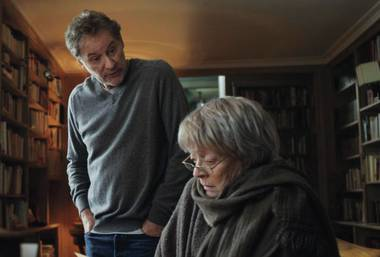 My Old Lady stars Kevin Kline and Maggie Smith.