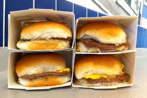 Snacking on the strip white castle vs shake shack las for White castle double fish slider with cheese
