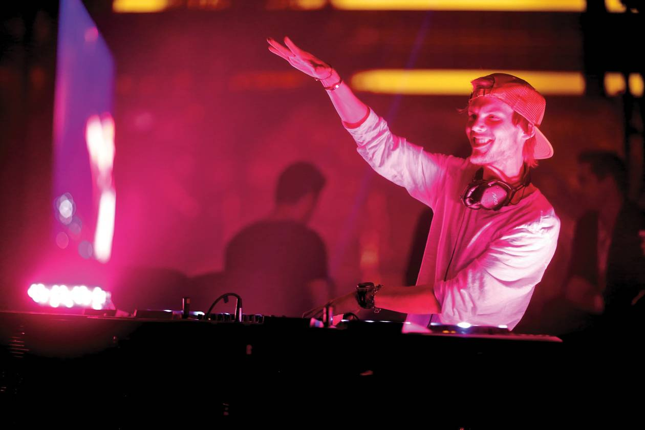 Plus: Disclosure at Light and Sammy Adams at Rehab. Get all the deets here.