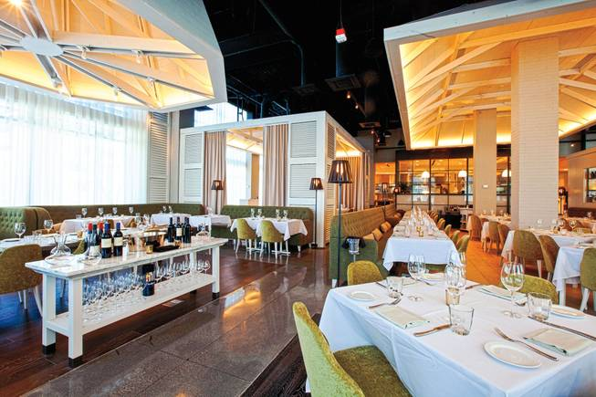 Ben Vaughn Talks Dining Trend After Meal At Andiron In Downtown Summerlin