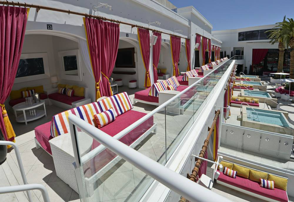Drai S Paradise Is Free For Locals And The Seating First Come Served