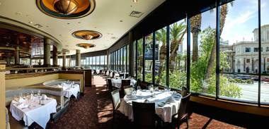 Ruth's Chris Steakhouse at Harrah's is a handsome, massive restaurant.