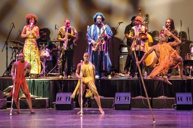 Lulu Washington Dance Theatre with Kamasi Washington.  Shot on assignment for the Las Vegas Weekly at the Smith Center's Reynold's Hall in Las Vegas, NV.