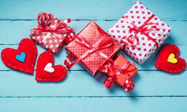 A Valentine S Day Guide For Singles In Las Vegas Las Vegas Sun Newspaper