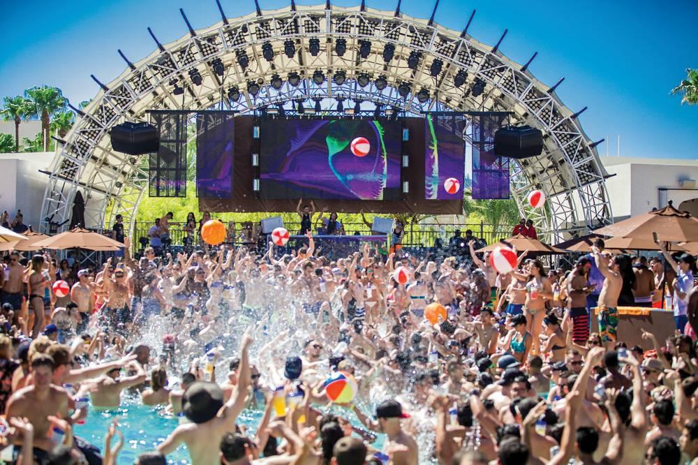 Treasure Island Las Vegas Pool Cabana Credit