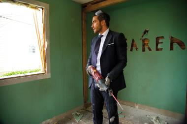 Jake Gyllenhaal in Demolition.
