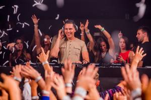 Tiësto takes the decks at Hakkasan on May 14.