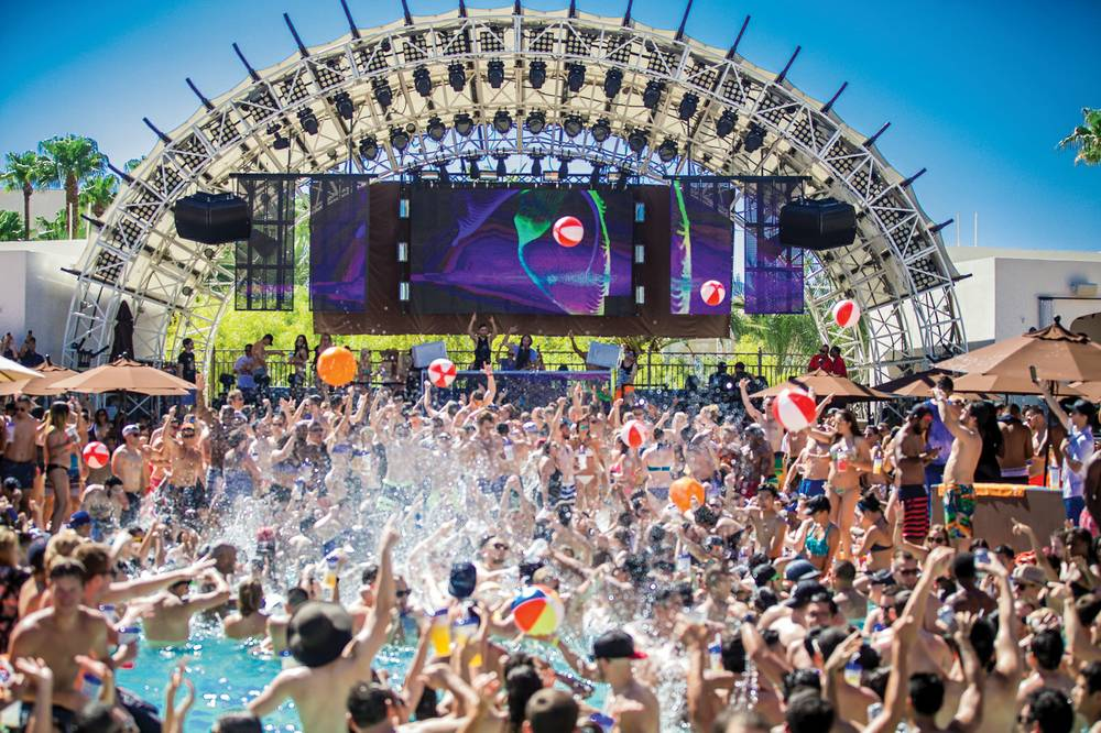 last vegas pool party
