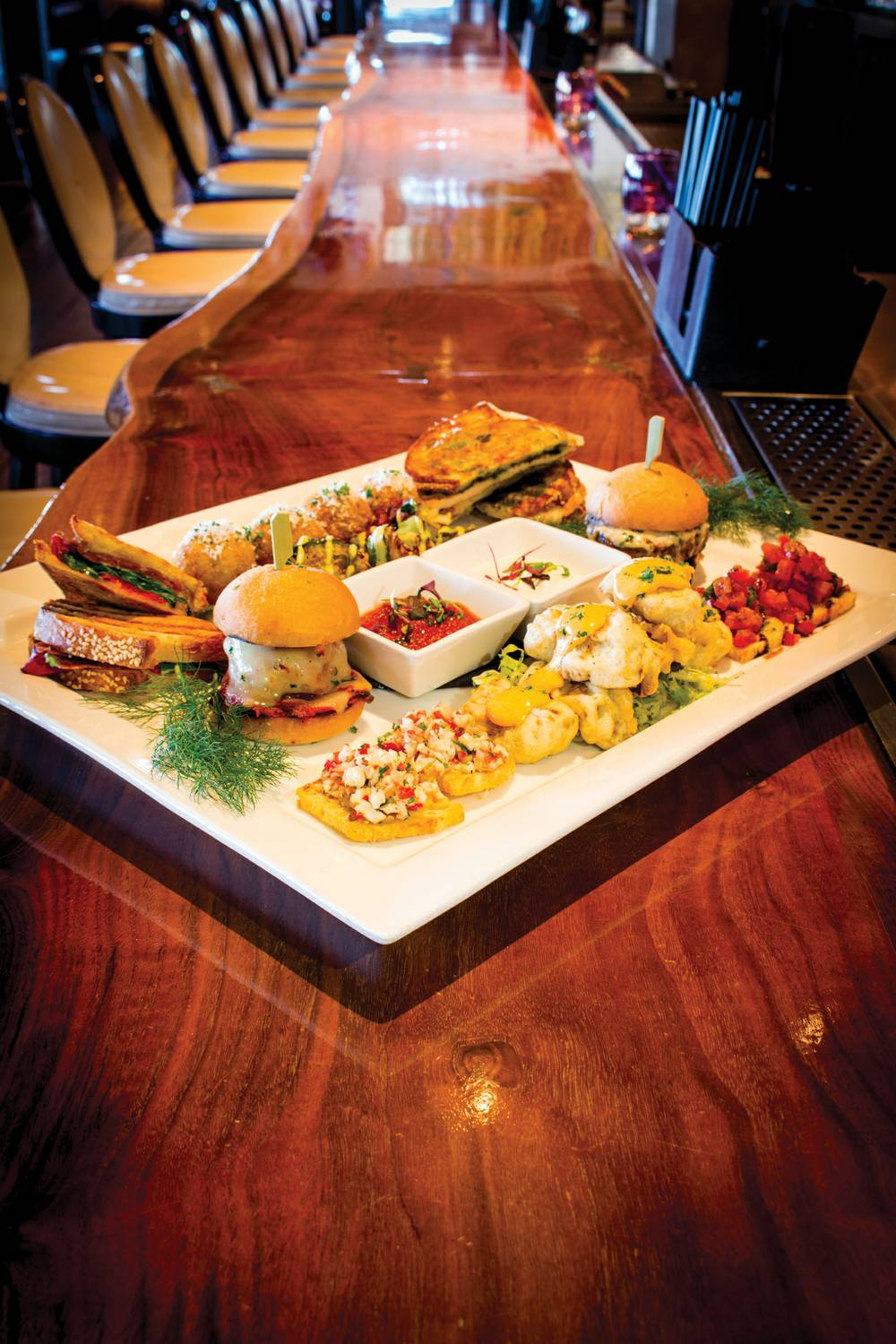 Nove italiano s bar plates equal elevated temptation las for Food bar t zone
