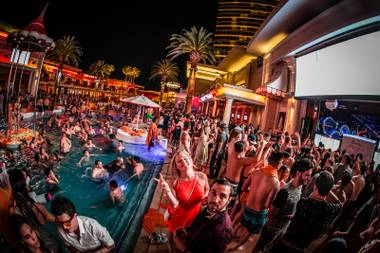 Encore beach club las vegas weekly for Pool trade show vegas
