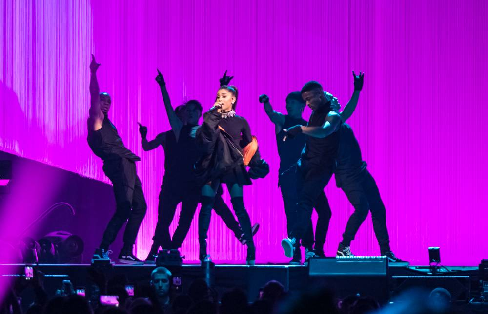 Five Thoughts Ariana Grande At Mgm Grand Garden Arena February 4 Las Vegas Weekly